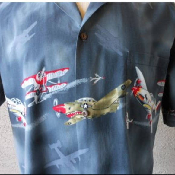 ce712343f095db Propeller Aircraft Aviation Theme Hawaiian Shirt. M_5b5de4e03e0caa5b37714fc3